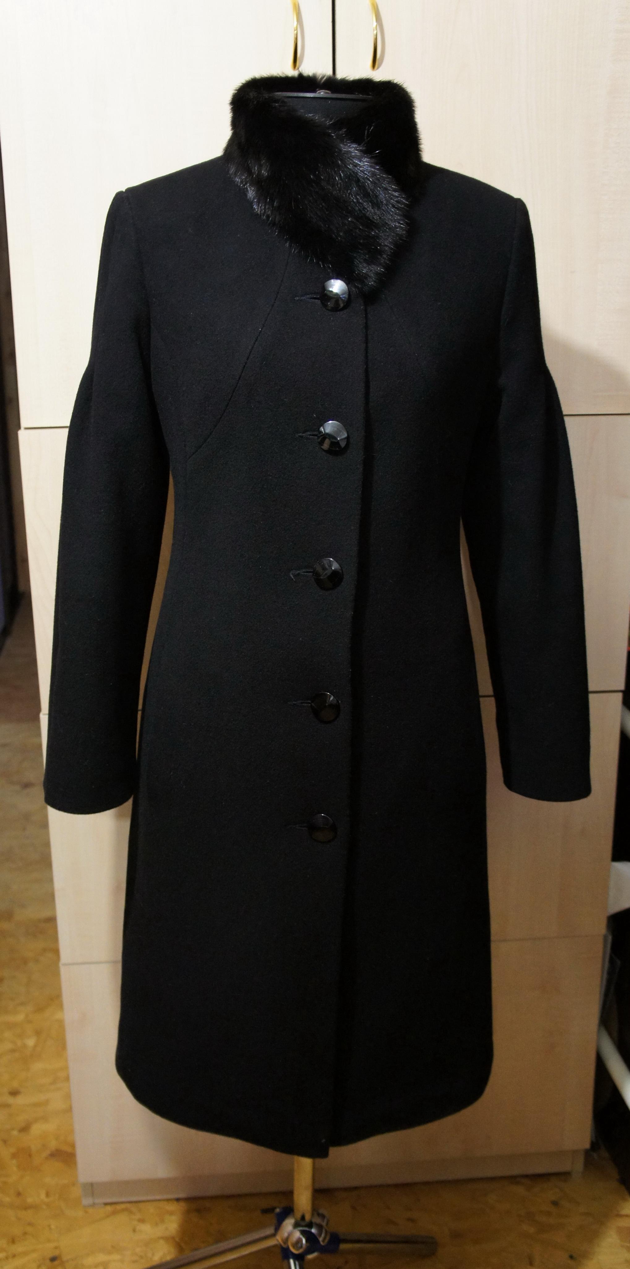 Как обновить зимнее пальто своими руками фото