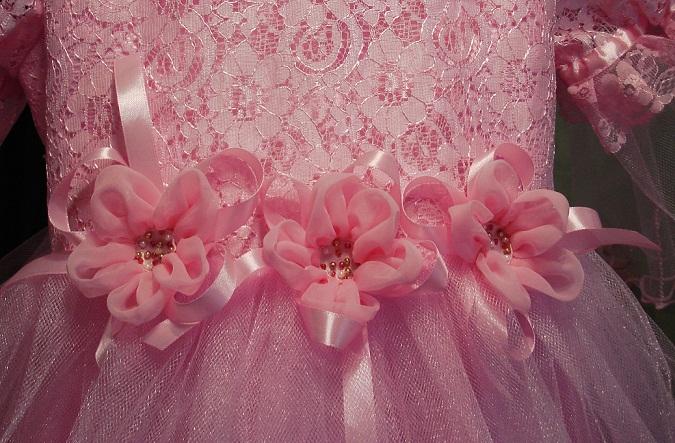 Цветы из атласных лент для платья