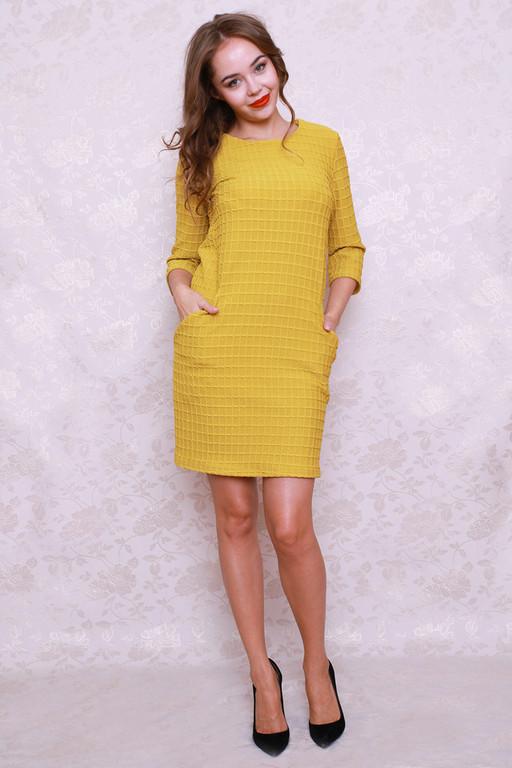 Прямое платье из трикотажа