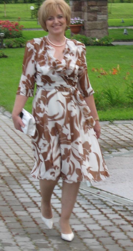 Платье для пожилой женщины на свадьбу