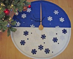 Новогодний коврик под елку своими руками