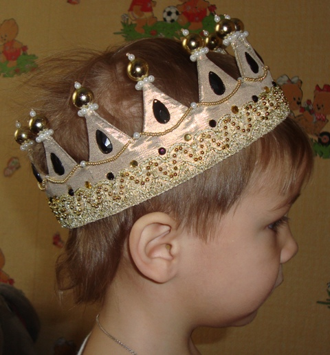 Как сделать корону для царя своими руками