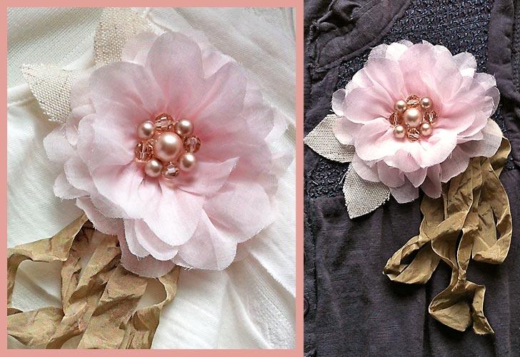 Украшение из цветов из ткани