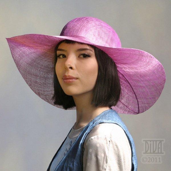 Шляпа из проволоки