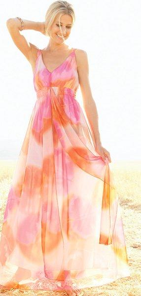 дамы в прозрачных сарафанах и платьях фото
