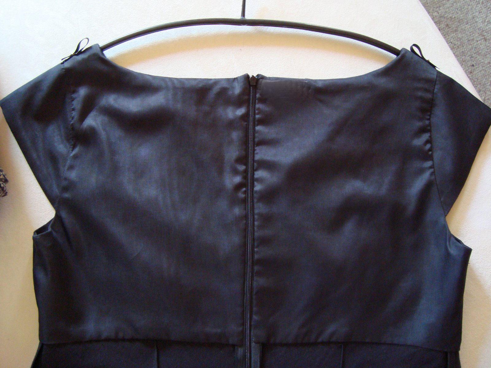 Как вшить молнию в юбку с поясом до верха