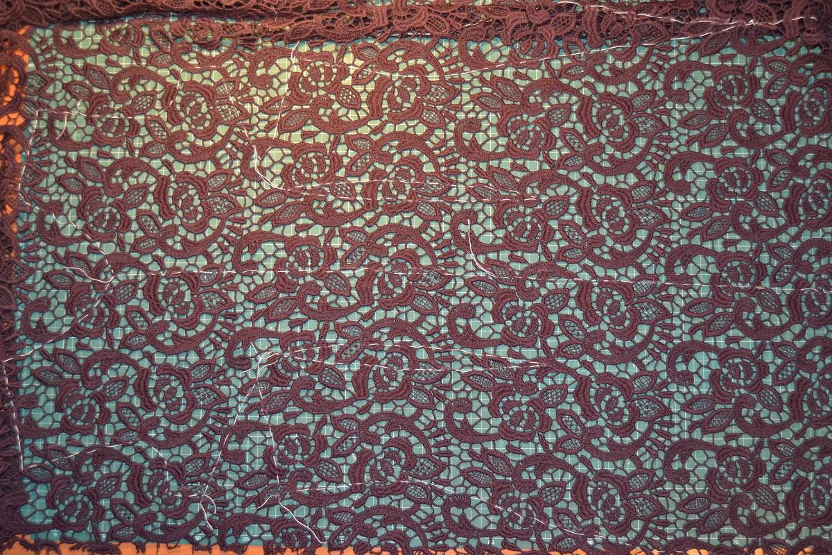 6abaee165ba Кружевное платье от Калиты. несколько постами выше Ирина Калита задавала  вопрос и вот платье готово. цитирую- Все началось с разметки выкройки на  кружевном ...