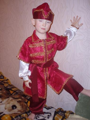 Новогодний костюм ИВАН -ЦАРЕВИЧ. Эскиз, описание