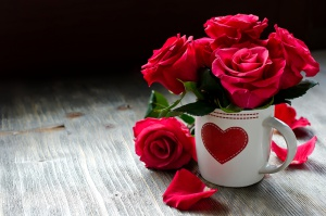 Roses_Wine_color_Cup_411880.jpg