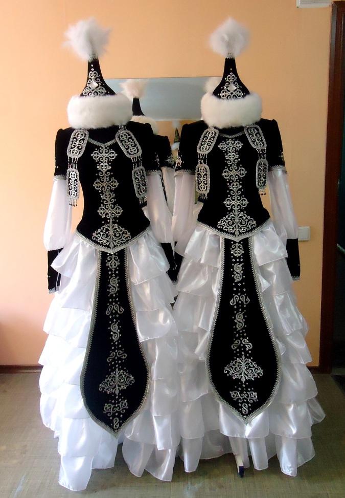 Казахский национальный костюм сшить 79