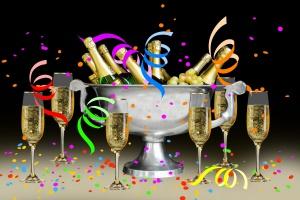 carnival_party_festival_celebration_birthday_confetti_streamer_paper_snakes_1199997.jpg_d.jpg