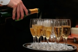 bigstock_Champagne_5267117.jpg