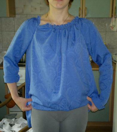 Сапожковская блузка на резинке на горловине