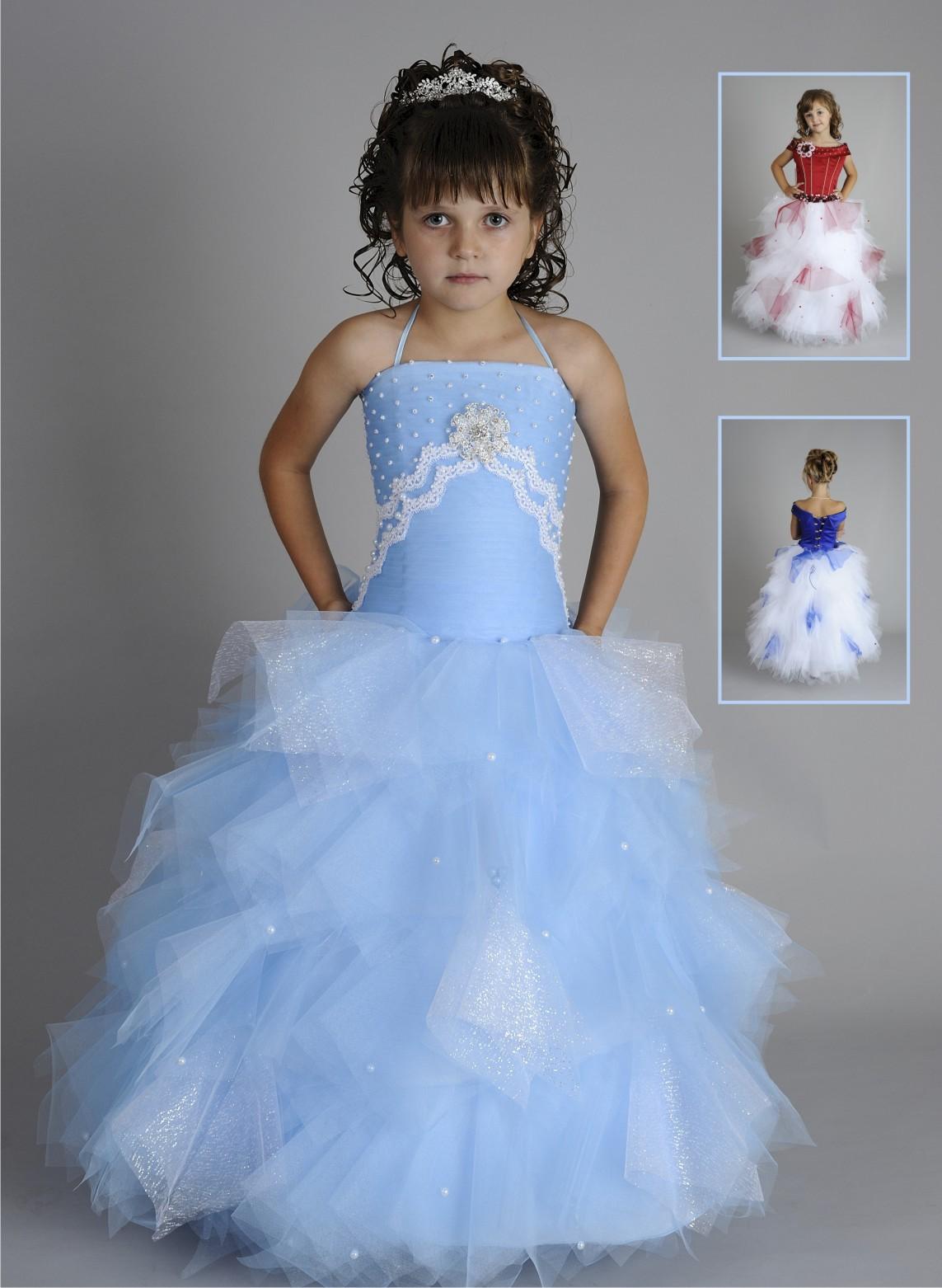 Фото девушки задирают платья и