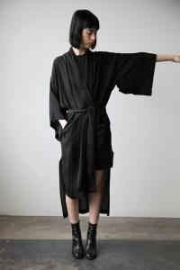 barbara_i_gongini_kimono_2_cendre_1024x1024.jpg