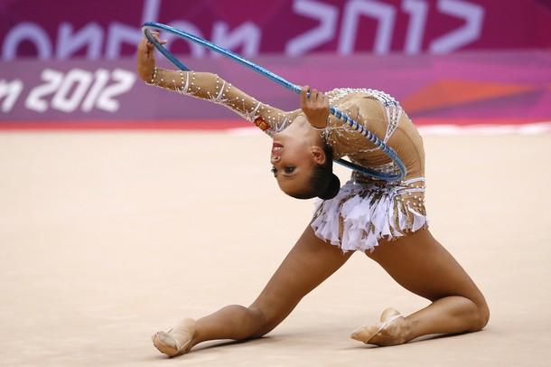 Воланы на юбке для художественной гимнастики