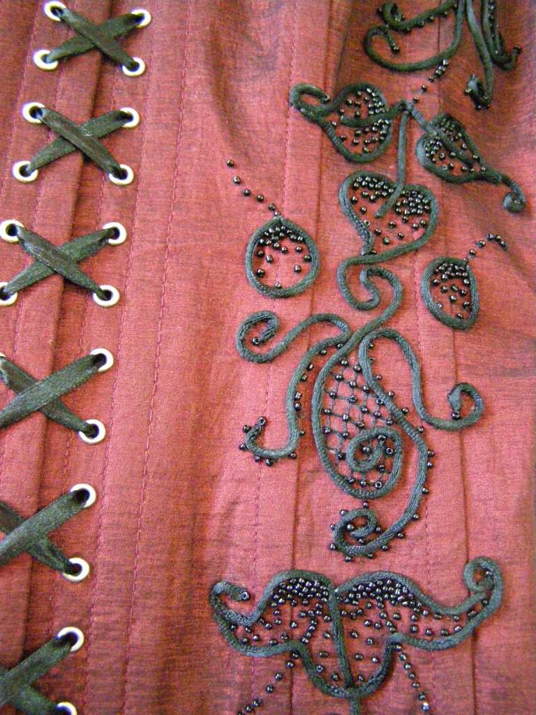 Вышивка лентами и шнуром 29