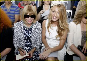blake_lively_anna_wintour_pair_up_for_paris_fashion_week_blake_lively_13629946_1222_858.jpg