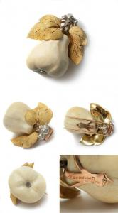 wm6239_M_Buccellati_Ivory_Pear_Dress_clip_brooch.jpg