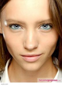 eye_makeup_trends_spring_2013_stella_mccartney_becomegorgeous.jpg