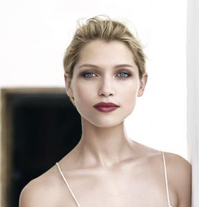 Clarins_Rouge_Eclat_Makeup_Collection_for_Spring_2013_promo.jpg