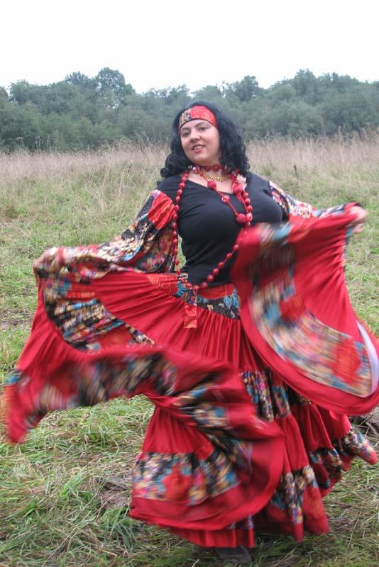 Одежда крымских цыган фото
