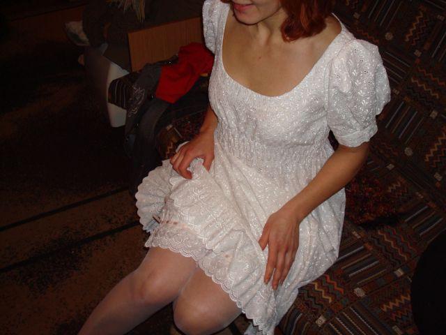 Панталоны под платьем